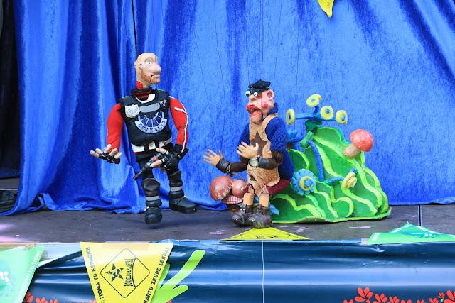 Marionetas en las txosnas durante las fiestas