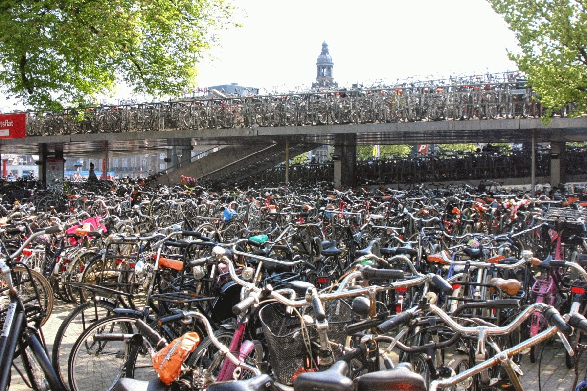 Amsterdam, bike parking, two stories