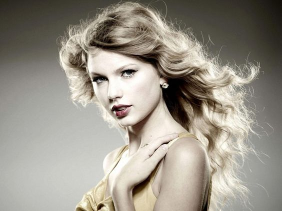 Taylor Swift Biography Age Height Photos Wiki Taylor Swift