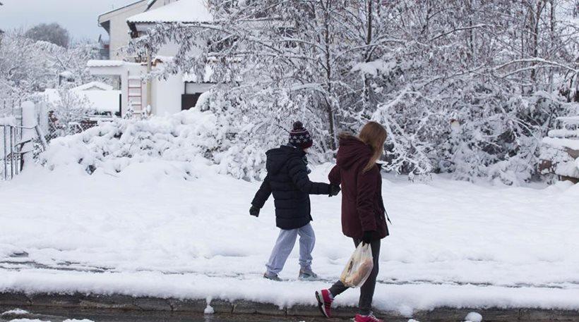 Δείτε ποια σχολεία θα μείνουν κλειστά στο Δήμο Πολυγύρου λόγω του χιονιά
