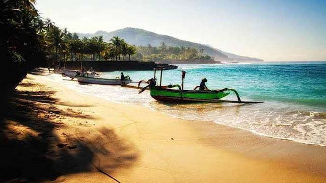 cerpen tentang liburan