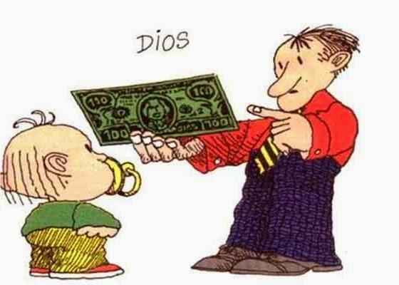 Papá mostrandole un billete a hijo