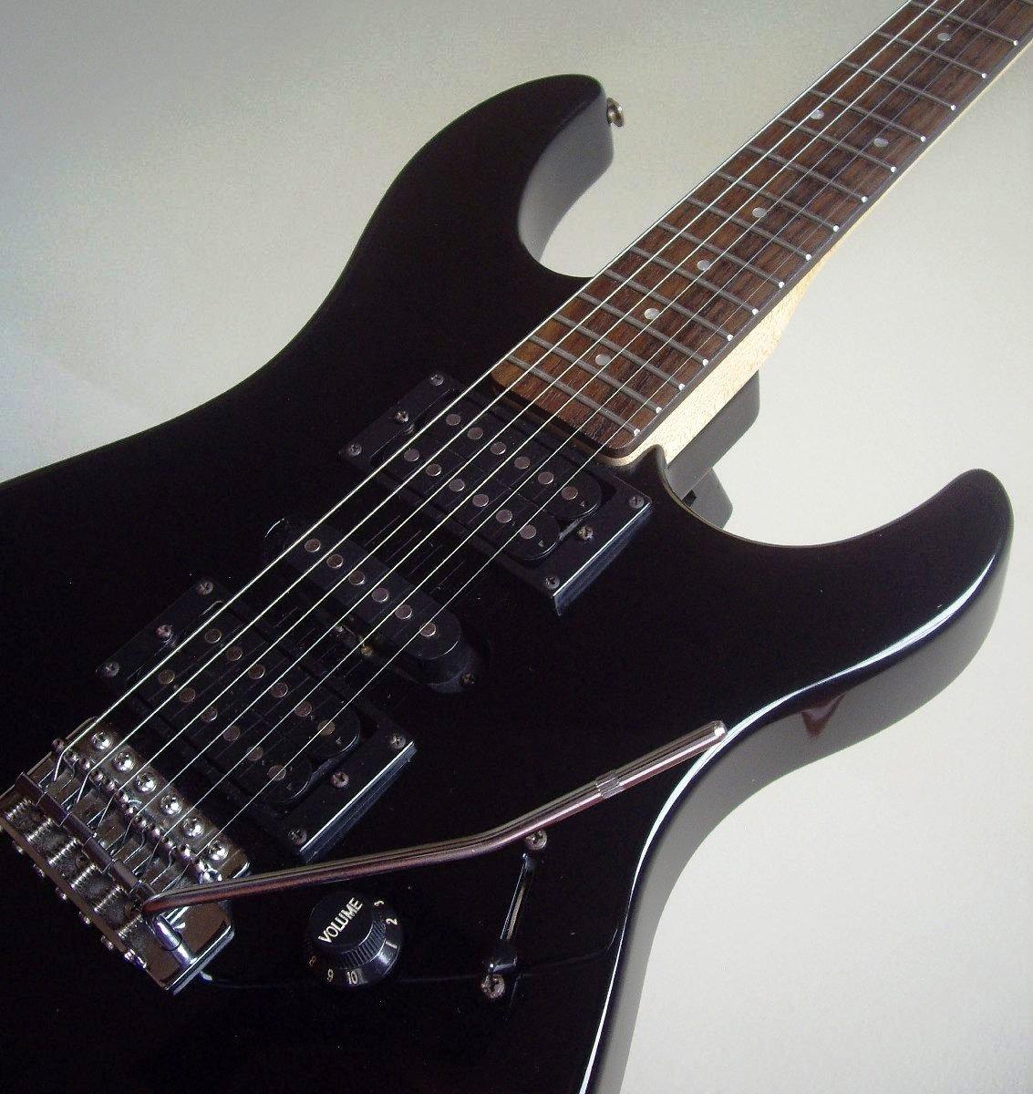 rese a guitarra el ctrica yamaha erg121. Black Bedroom Furniture Sets. Home Design Ideas