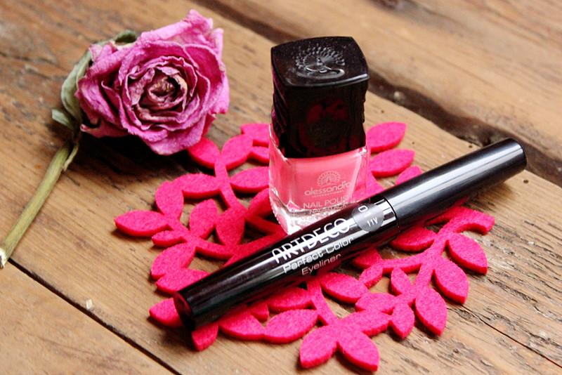 Отзыв: Лак для ногтей Alessandro #Coral Crush и Подводка для век Artdeco #черная.