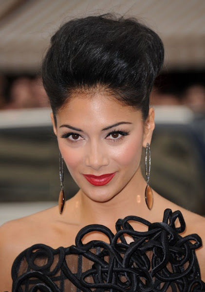 88 Must-See Beautiful Updo Hairstyles & Variations | Hairstylo