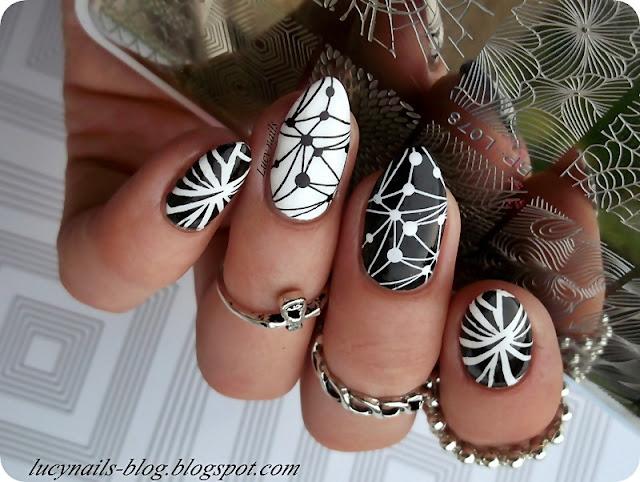 stamping-nails-geometric