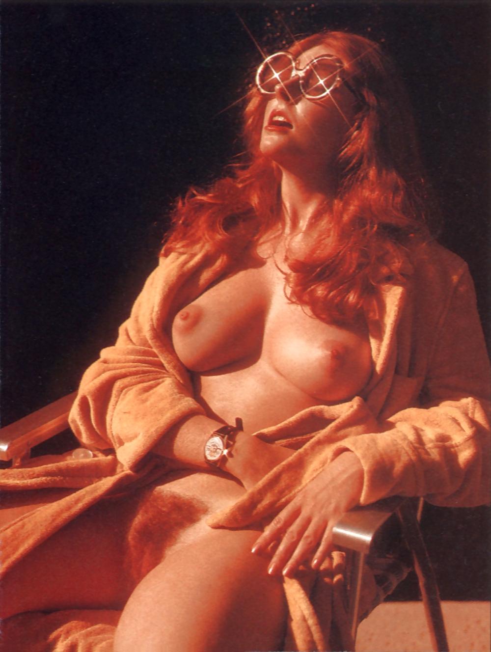 Cassandra Peterson Tits