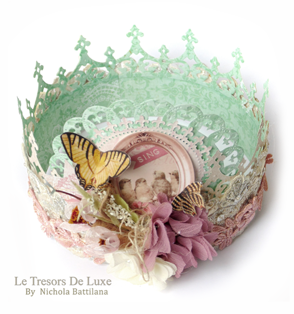Paper and Lace Crown #letresorsdeluxe #bobunny - Nichola Battilana