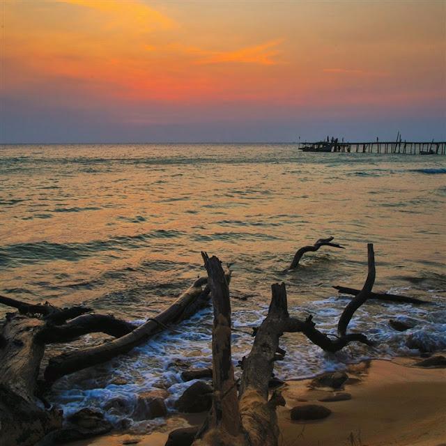 sunset cambodia Koh Rong Samloem island pier