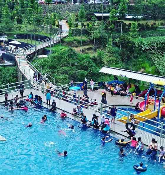Kolam Renang Palalangon Park Ciwidey Bandung