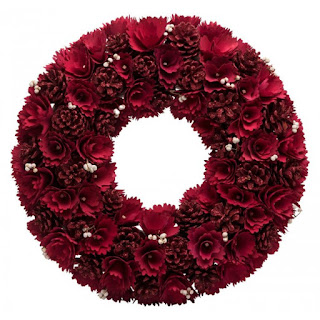 Red Rose Wreath - Giftspiration
