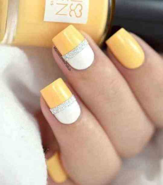Easy Summer Nail Design to Try This Weekend