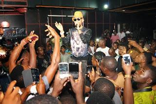 Photos: Phyno on stage, Owerri & Umuahia experiences Phyno's