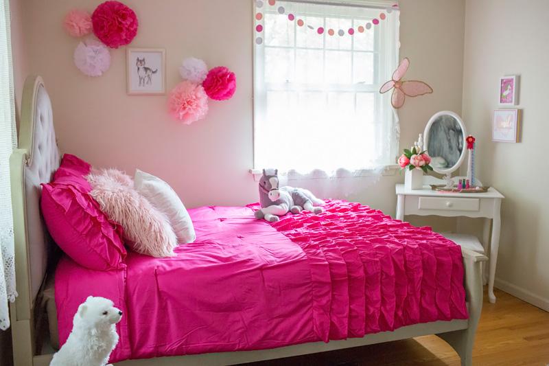 Choosing Girl\'s Bedroom Furniture