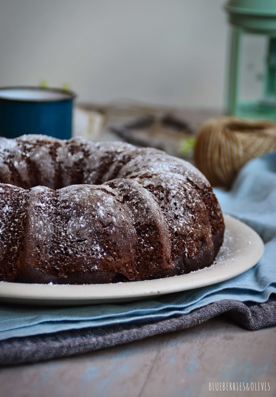 INTENSE CHOCOLATE BUNDT CAKE