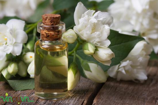 công dụng của tinh dầu hoa lài