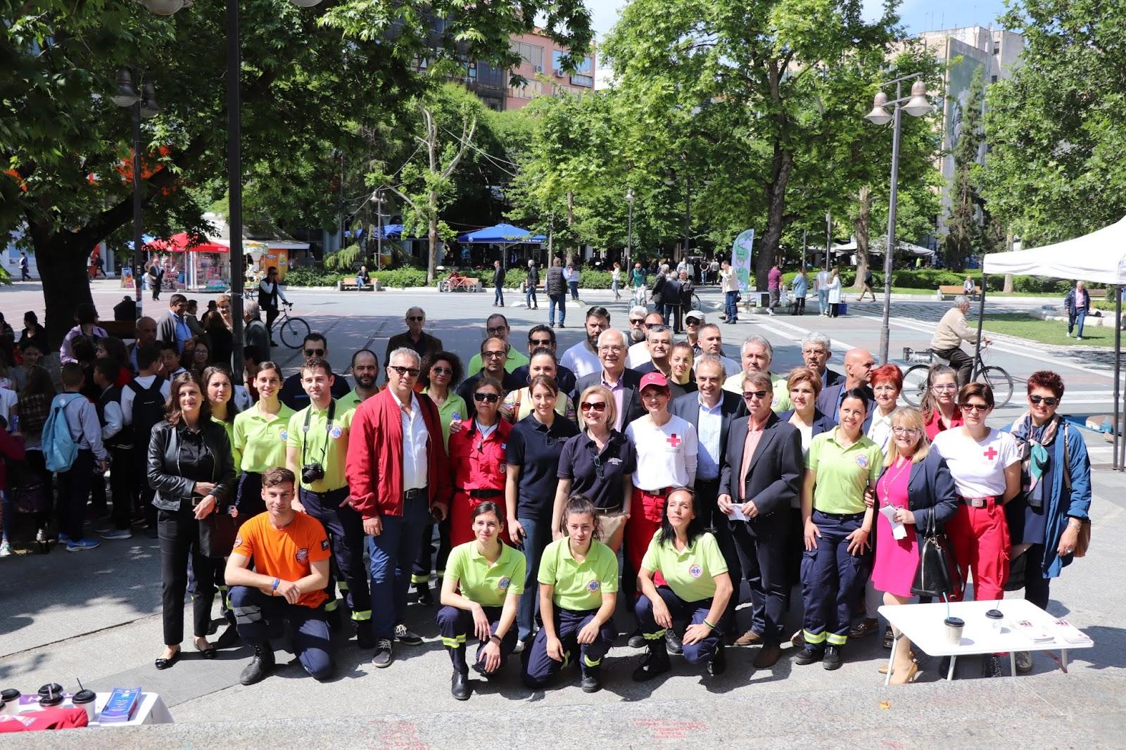 Ξεκίνησαν οι δράσεις ευαισθητοποίησης του Δήμου Λαρισαίων για την ΚΑΡΠΑ (ΦΩΤΟ)