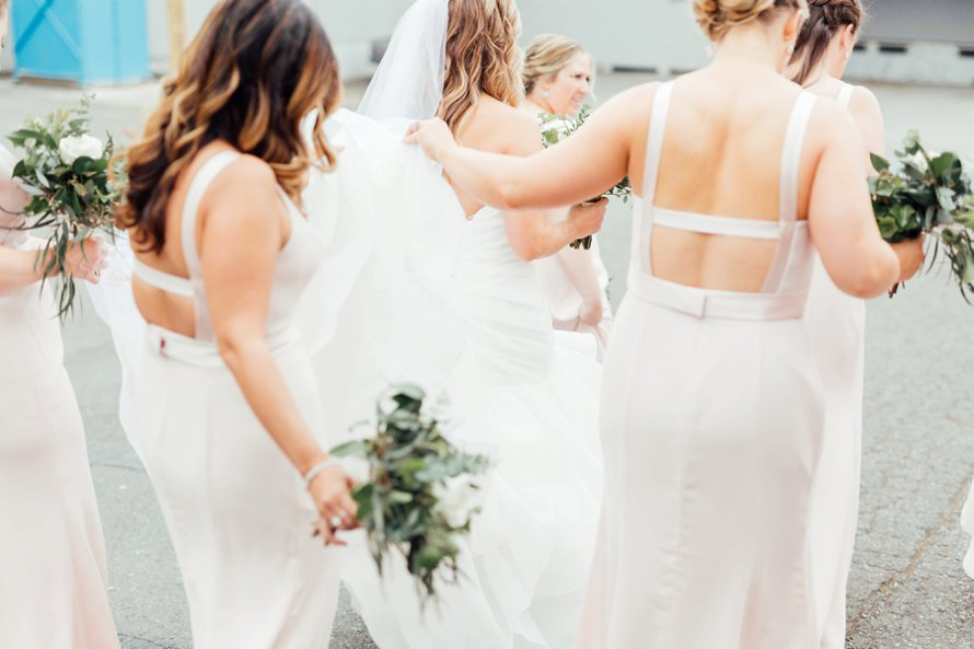 Romantic Blush and Brick Downtown Wedding by Tacoma Photographers Something Minted