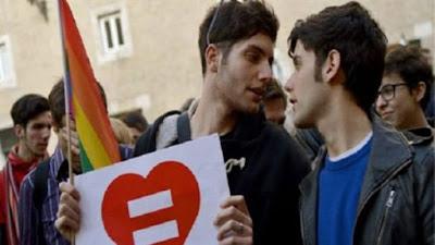 عالم المثليين