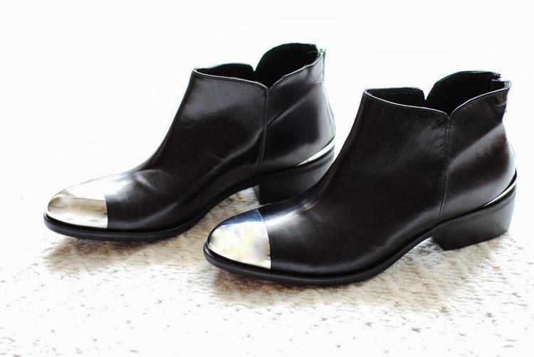 reputable site f8502 d58d7 I love shopping - Hangar shoes