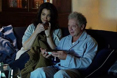 Mellie y Cyrus en Scandal