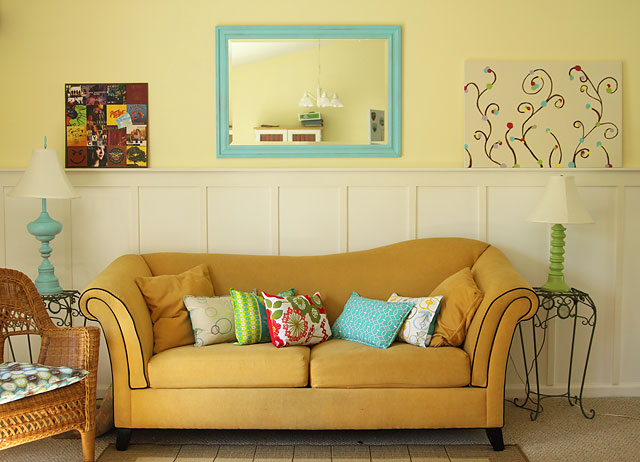Saved by Suzy: Fun and Colorful Living Room
