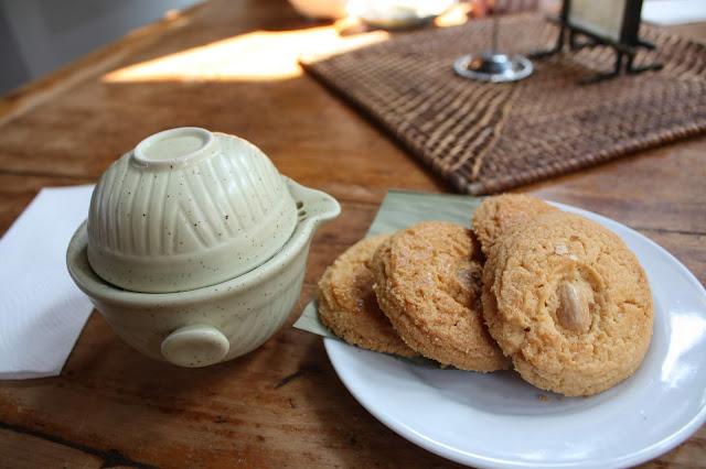 Enjoying a spot of loose leaf tea and fresh almond cookies at Lan Su Chinese Garden.