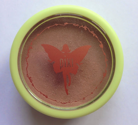 "Review: Pixi Beauty Bronzer in ""Subtly Suntouched"""
