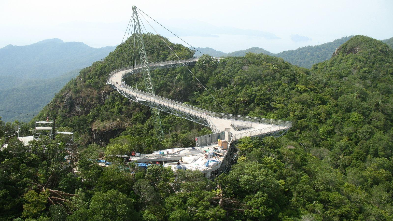 Movers Move Langkawi Sky Bridge Malaysia