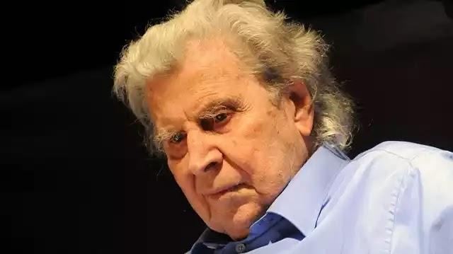 Άλλος ένας κρυφό-κομμουνιστής Θεοδωράκης : «Με τρομάζει η αντικομμουνιστική υστερία» Ο προδότης κρυφός αρχηγός του ΚΚΕ!