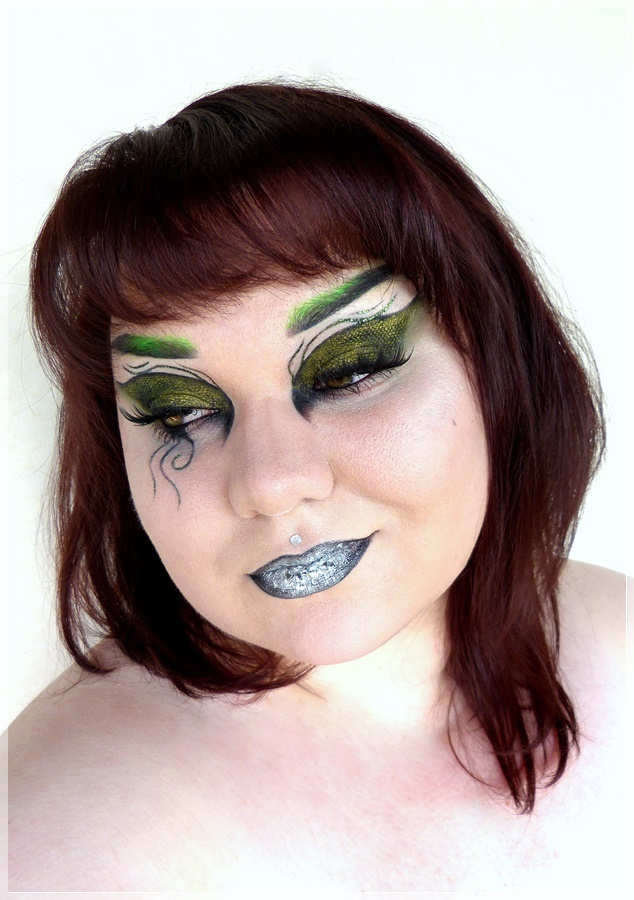 Harry Potter Slytherin make up look
