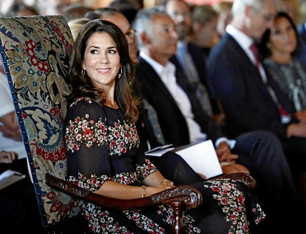 Crown Princess Mary wore Dolce & Gabbana Floral Panel Dress, Naledi Copenhagen Allana Latte Ostrich Clutch, photographer Marco Grop