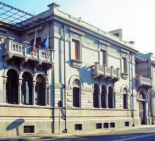 The Palazzo Spinelli is an example of the Liberty style buildings characteristic of the rebuilt Reggio Calabria