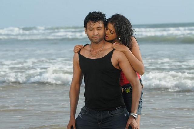 Priyamani,Sumanth In Raaj Movie Stills