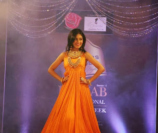 Amrita Rao's Ramp Walk in Fashion Show