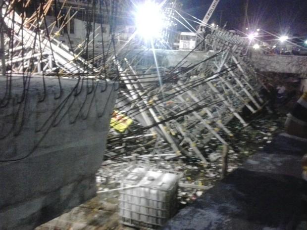 Desabamento de obra de viaduto mata dois operários em Fortaleza
