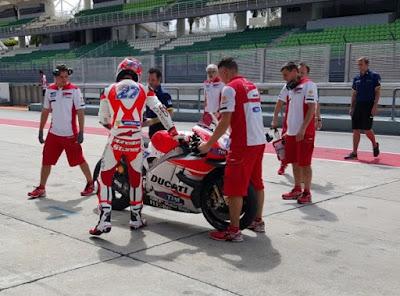 Tidak Terlalu Berfungsi, Ducati Bakal Pecat Stoner?