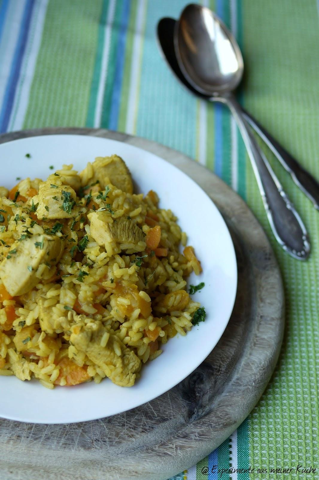Experimente aus meiner Küche: Orientalisches Hähnchen mit Möhren und Aprikosen