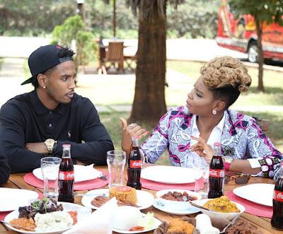 Yemi Alade And Trey Songz Eating Jollof Rice