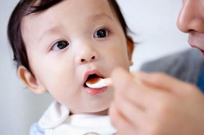 Kinh nghiệm khi cho trẻ uống thuốc