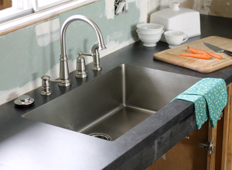 The Craft Patch An Undermount Sink In Laminate Countertops
