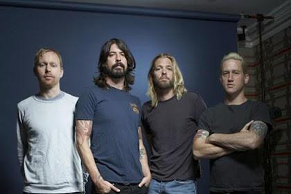 10+ Lagu Terbaik Foo Fighters yang Ngerock dan Populer
