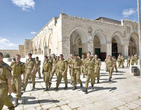 Dilindungi Polisi, Puluhan Pemukim Yahudi Geruduk Kompleks Masjid Al-Aqsha