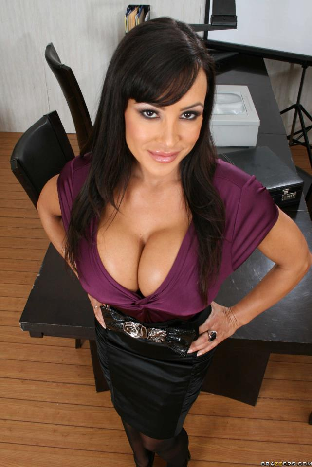 Lisa Ann Porn Videos & Sex Movies | Redtube.com
