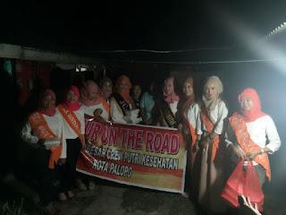 Keluarga Besar Putkes Palopo Berbagi Santap Sahur Dengan Warga Kurang Mampu