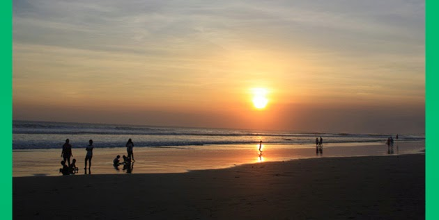 Pantai Seminyak Bali]