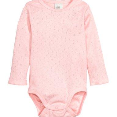 Các loại quần áo cho trẻ sơ sinh