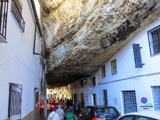 Setenil de las Bodegas - Calle Cuevas de la Sombra