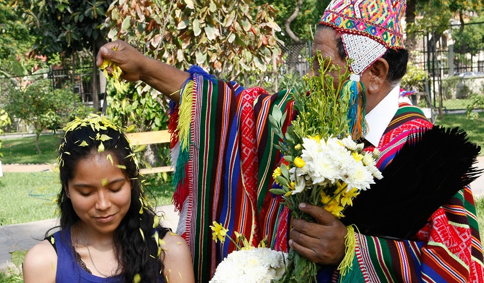 Marriage and dating customs in peru