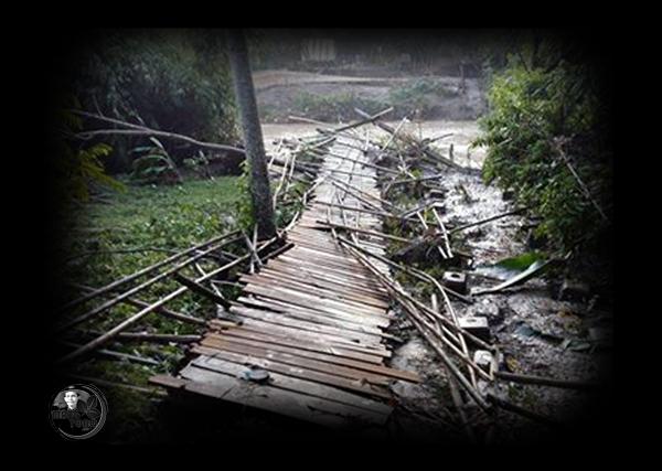Jembatan Gantung Cikaum - Mekarwangi Putus Lagi. Foto dapet nyomot di medsosnya Ferry Eyii